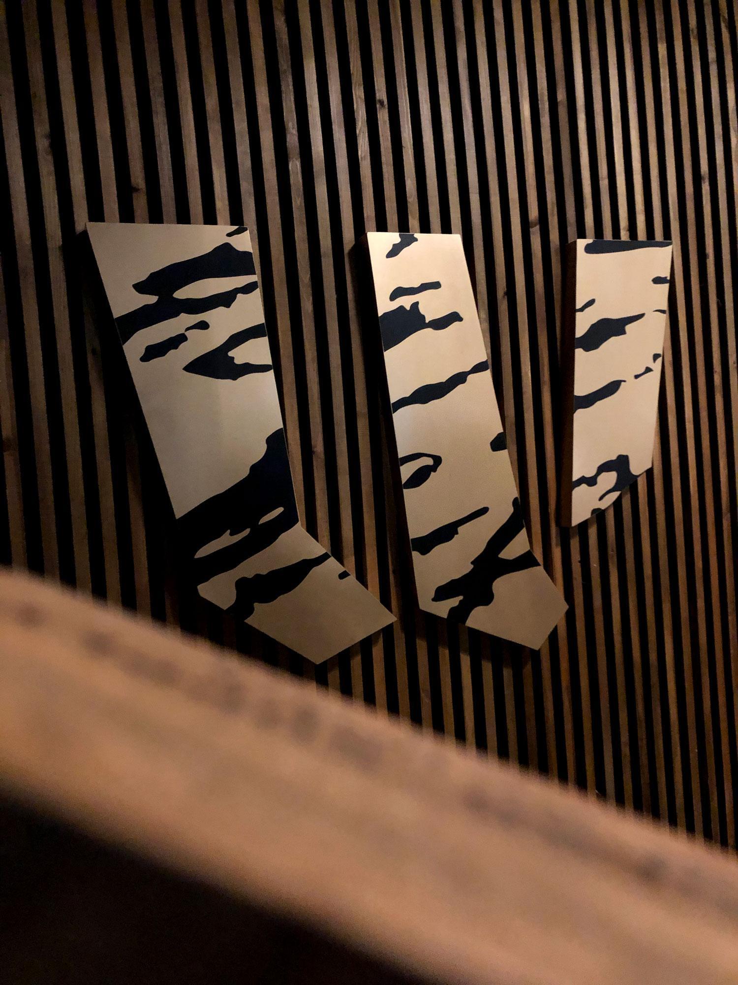 Wagyu-Work-By-YaStudio-RiyadhFront-Sign6b